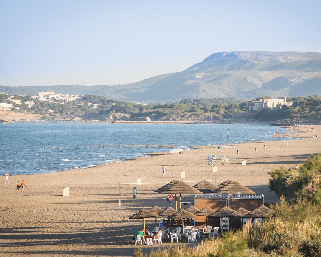 strand-van-las-dunas-costa-brava